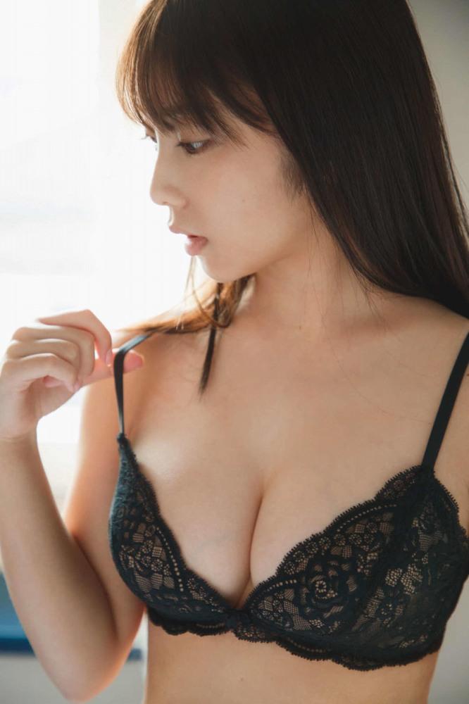 【与田祐希グラビア画像】モデルもやってる美人アイドルのビキニと下着姿 72