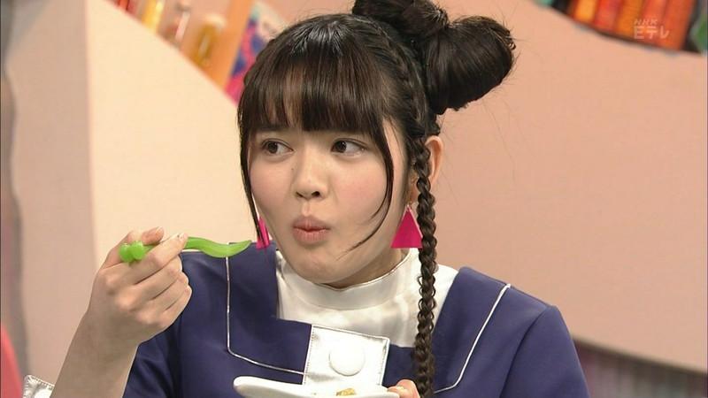 【鎮西寿々歌お宝画像】Eテレでずっとレギュラーやってる元子役のお姉さん 03