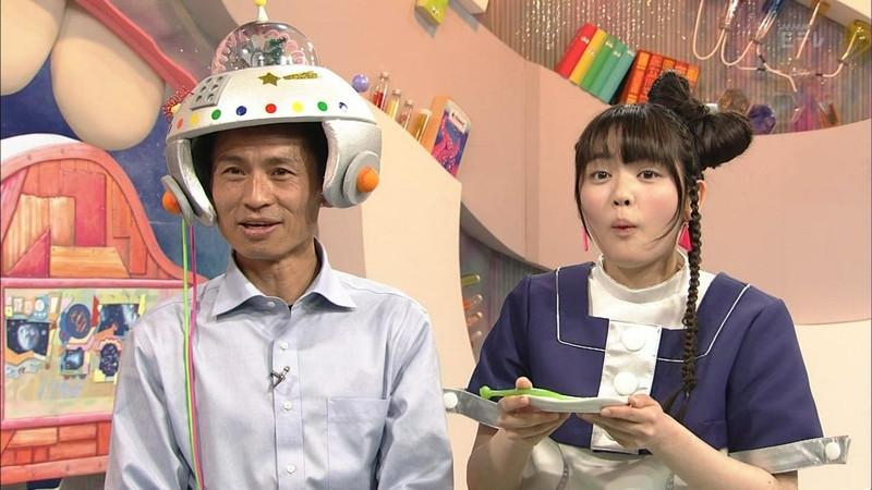 【鎮西寿々歌お宝画像】Eテレでずっとレギュラーやってる元子役のお姉さん 06