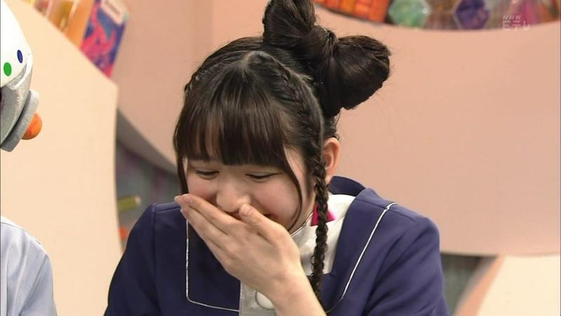 【鎮西寿々歌お宝画像】Eテレでずっとレギュラーやってる元子役のお姉さん 08