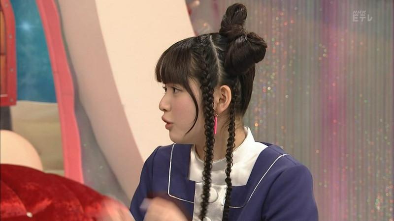 【鎮西寿々歌お宝画像】Eテレでずっとレギュラーやってる元子役のお姉さん 10