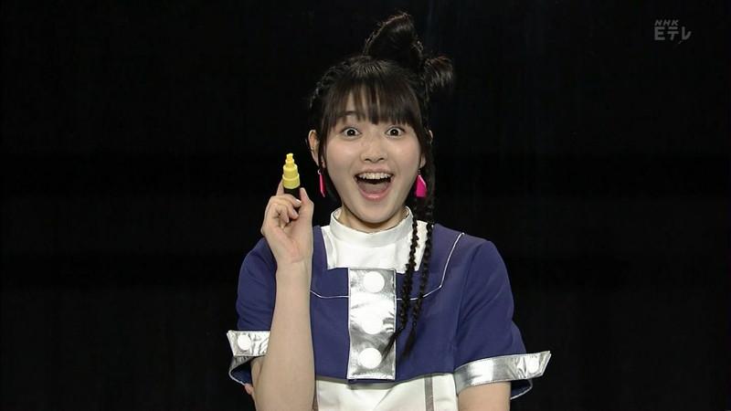 【鎮西寿々歌お宝画像】Eテレでずっとレギュラーやってる元子役のお姉さん 13