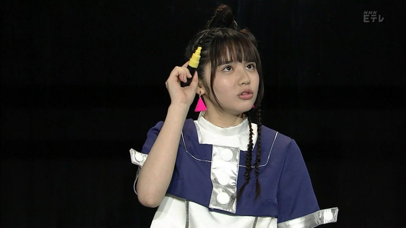 【鎮西寿々歌お宝画像】Eテレでずっとレギュラーやってる元子役のお姉さん 14