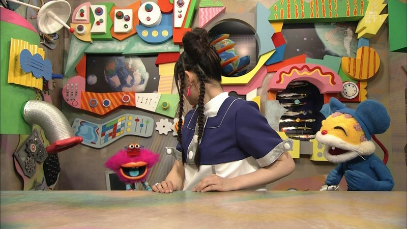 【鎮西寿々歌お宝画像】Eテレでずっとレギュラーやってる元子役のお姉さん 19