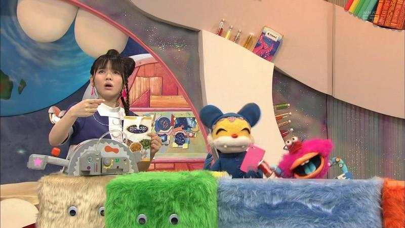 【鎮西寿々歌お宝画像】Eテレでずっとレギュラーやってる元子役のお姉さん 28
