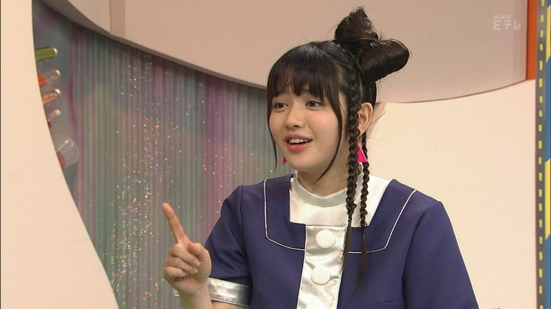 【鎮西寿々歌お宝画像】Eテレでずっとレギュラーやってる元子役のお姉さん 48