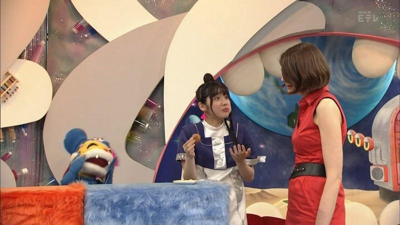 【鎮西寿々歌お宝画像】Eテレでずっとレギュラーやってる元子役のお姉さん 54
