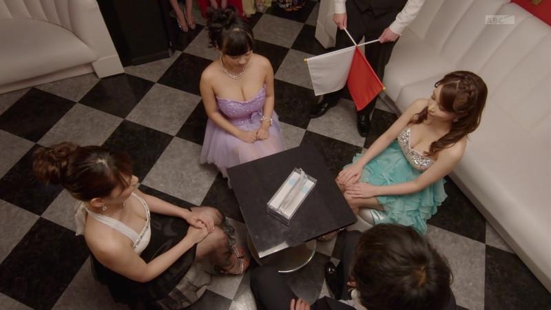 【仲村美海エロ画像】色気ムンムンな愛人系Eカップアラサーグラドル 15