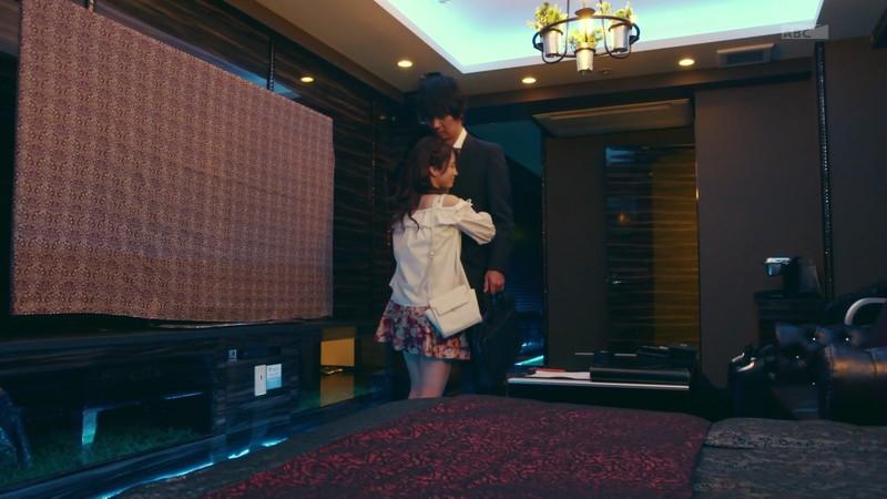 【仲村美海エロ画像】色気ムンムンな愛人系Eカップアラサーグラドル 25