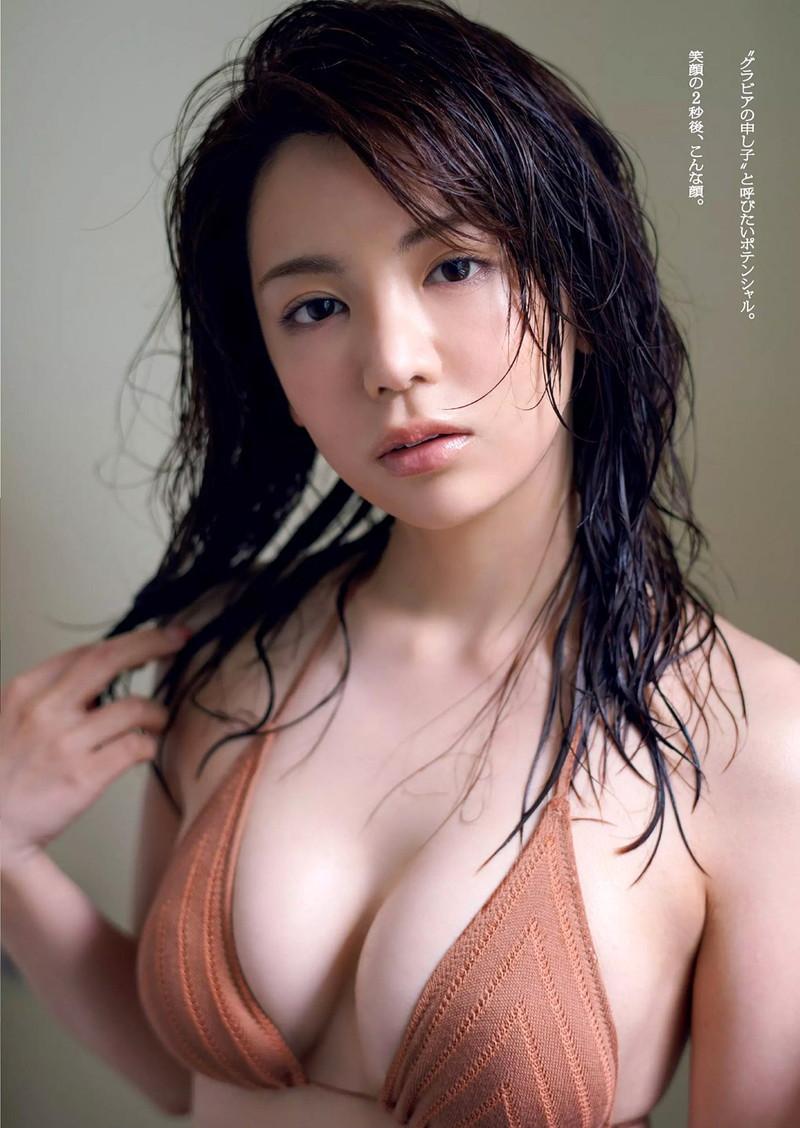 【仲村美海エロ画像】色気ムンムンな愛人系Eカップアラサーグラドル 81