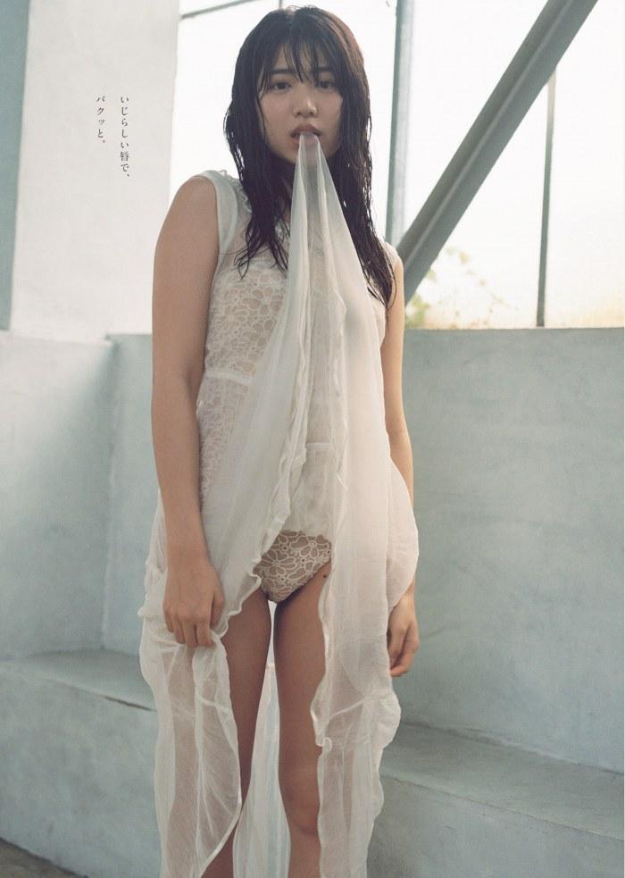 【吉田莉桜グラビア画像】専属モデルの可愛くてちょいエロなビキニ姿 46