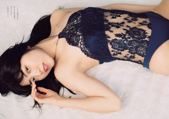 【吉田莉桜グラビア画像】専属モデルの可愛くてちょいエロなビキニ姿 75