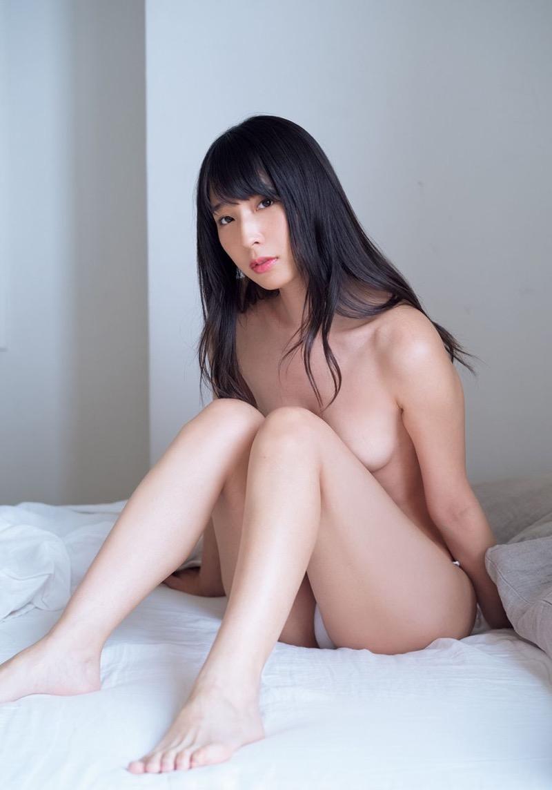 【川崎あやグラビア画像】くびれ腰に巨尻のボディラインがめちゃくちゃエロいハイレグ美女 28