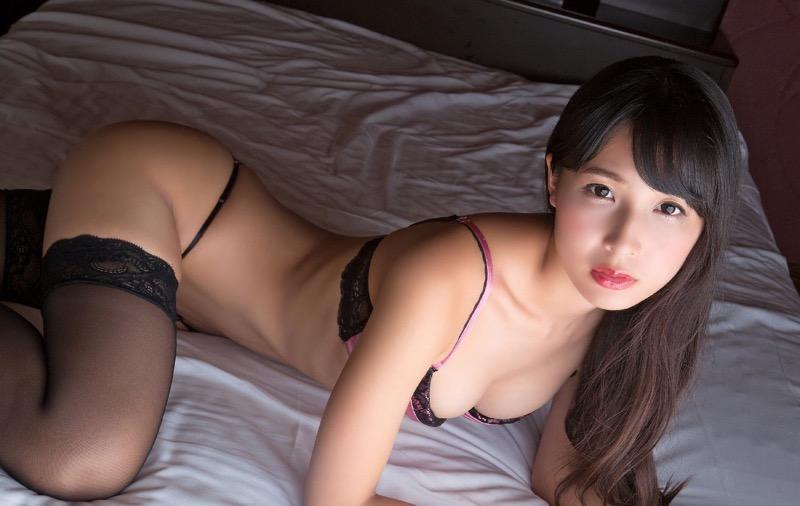 【川崎あやグラビア画像】くびれ腰に巨尻のボディラインがめちゃくちゃエロいハイレグ美女 42