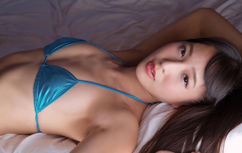 【川崎あやグラビア画像】くびれ腰に巨尻のボディラインがめちゃくちゃエロいハイレグ美女 43