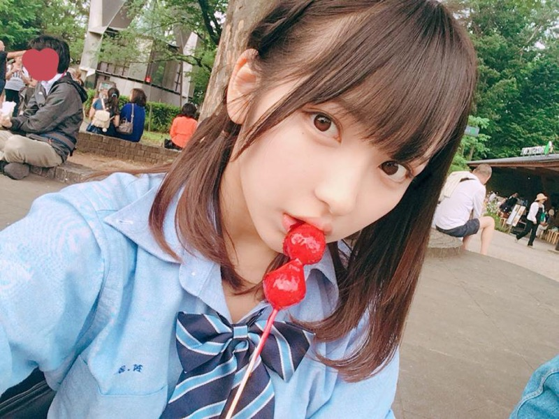 【十味グラビア画像】黒木ひかりちゃんと一緒に表紙を飾った美少女モデル!