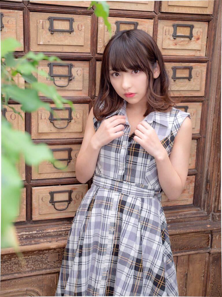 【十味グラビア画像】黒木ひかりちゃんと一緒に表紙を飾った美少女モデル! 62