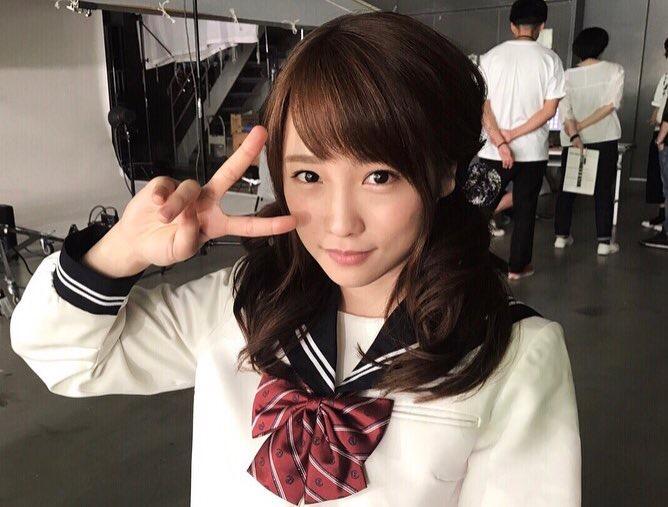 【川栄李奈グラビア画像】事件に巻き込まれてAKB48を卒業してしまった元アイドル 74