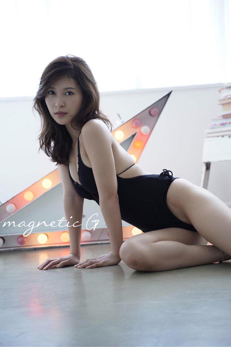 【和久井雅子グラビア画像】OLからグラビアアイドルに転身した平成最後の愛人系美女! 05