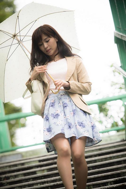 【和久井雅子グラビア画像】OLからグラビアアイドルに転身した平成最後の愛人系美女! 30