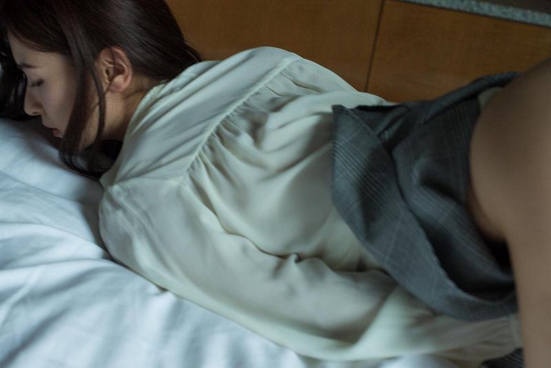 【和久井雅子グラビア画像】OLからグラビアアイドルに転身した平成最後の愛人系美女! 35