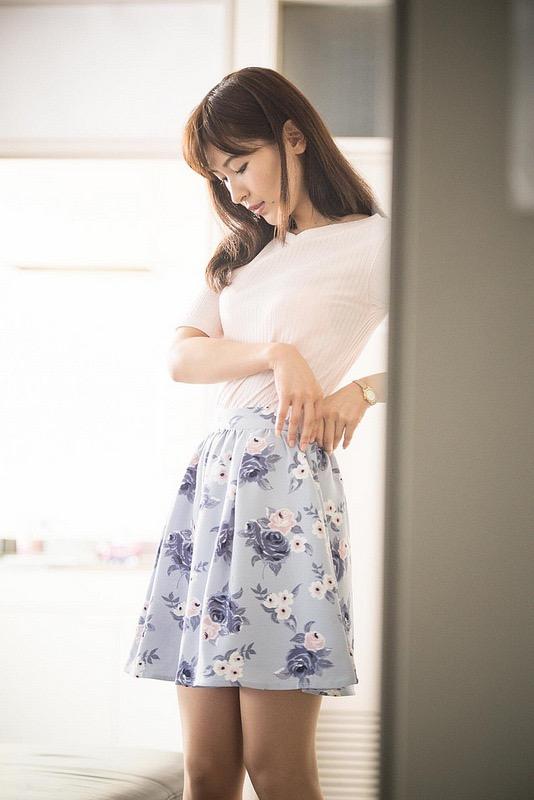【和久井雅子グラビア画像】OLからグラビアアイドルに転身した平成最後の愛人系美女! 39