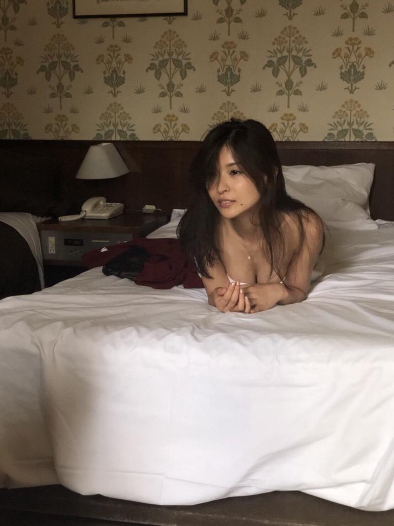 【和久井雅子グラビア画像】OLからグラビアアイドルに転身した平成最後の愛人系美女! 48