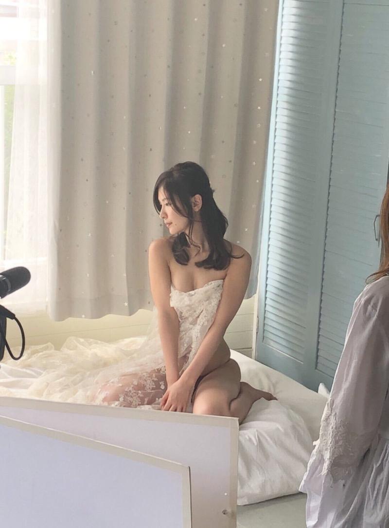 【和久井雅子グラビア画像】OLからグラビアアイドルに転身した平成最後の愛人系美女! 50
