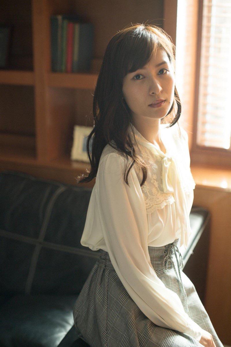 【和久井雅子グラビア画像】OLからグラビアアイドルに転身した平成最後の愛人系美女! 75
