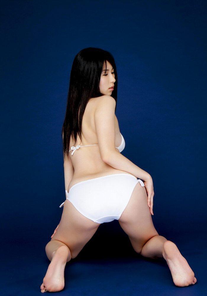 【北谷ゆりグラビア画像】むっちむちな巨尻ボディがめちゃシコリティ高いグラビアアイドル 61