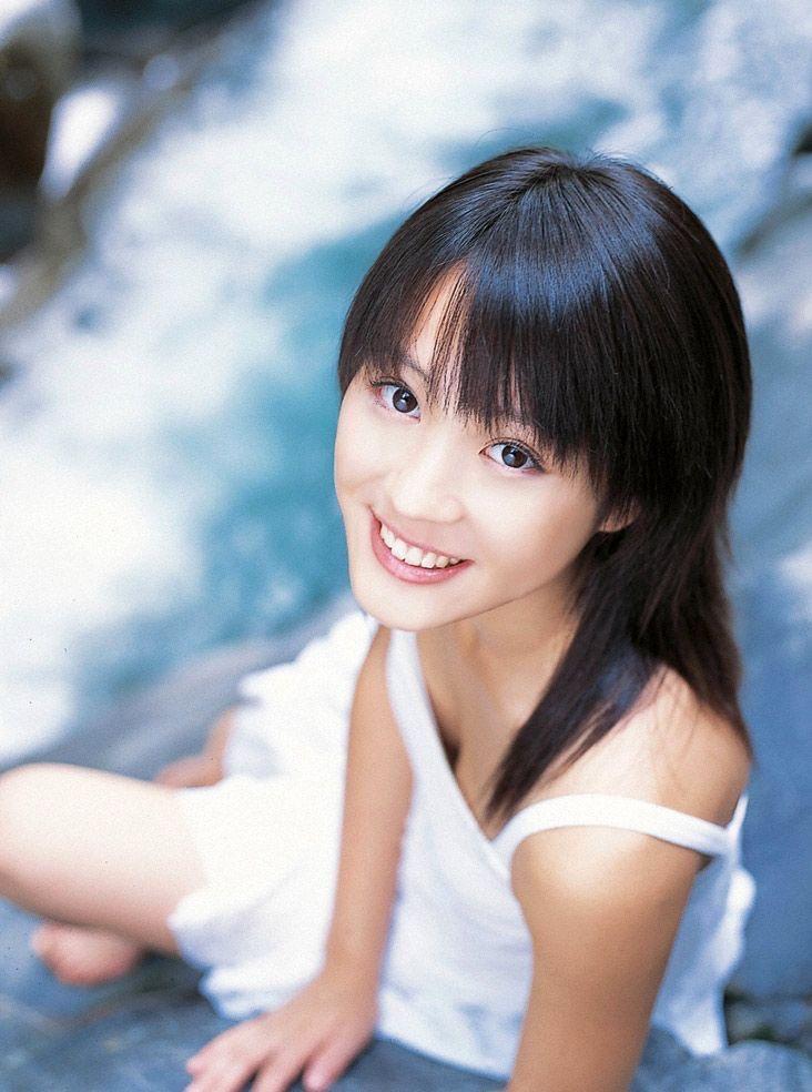 【北乃きいグラビア画像】笑顔が可愛い清純派美少女のちょっとエッチなグラビア! 102