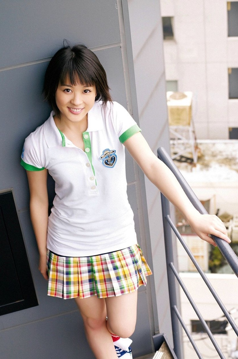 【北乃きいグラビア画像】笑顔が可愛い清純派美少女のちょっとエッチなグラビア! 34
