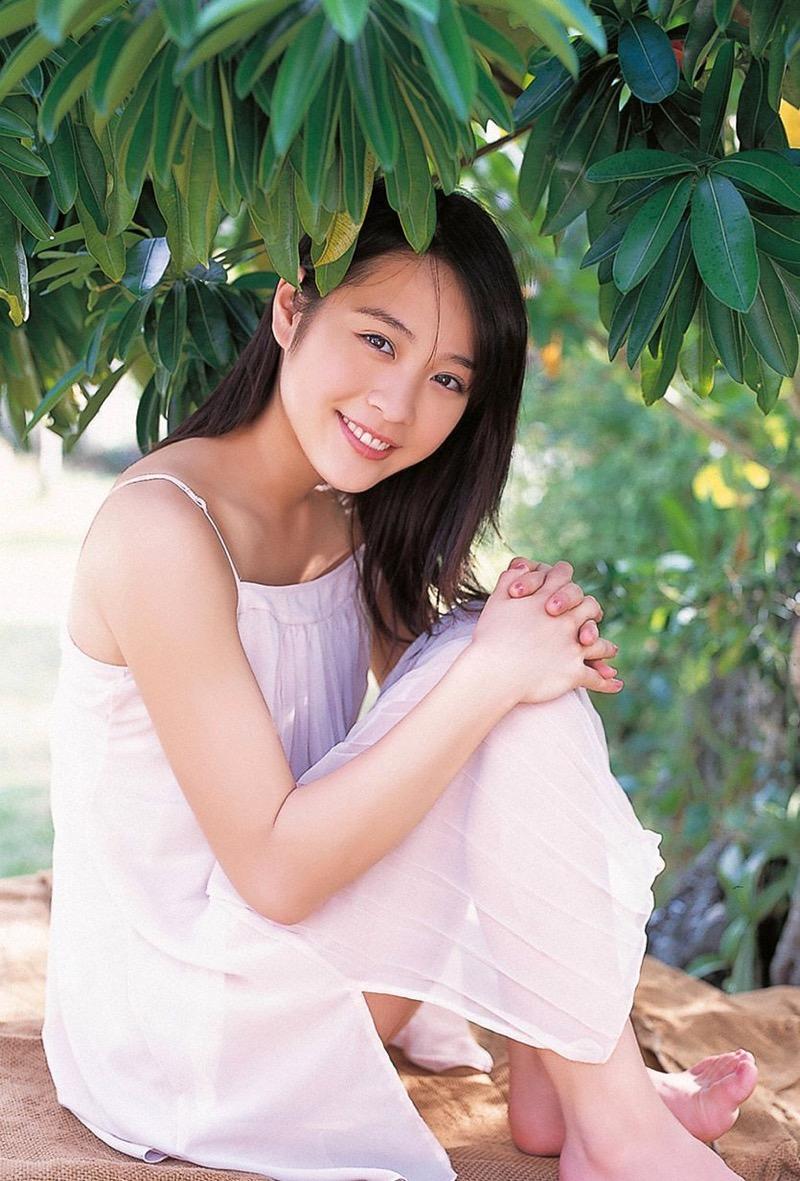 【北乃きいグラビア画像】笑顔が可愛い清純派美少女のちょっとエッチなグラビア! 49