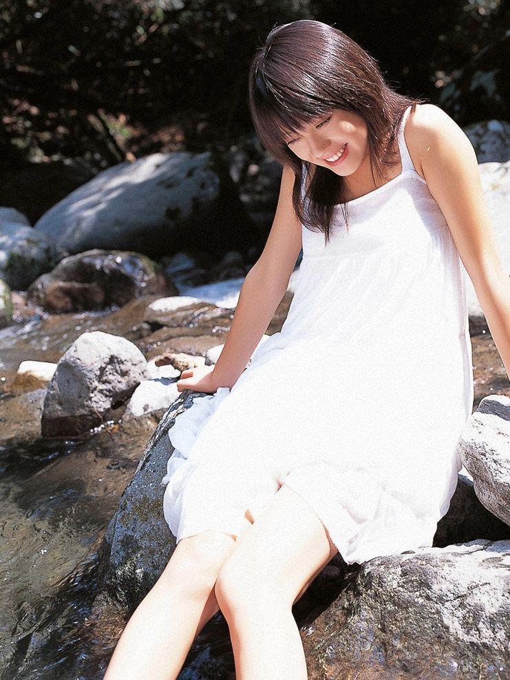 【北乃きいグラビア画像】笑顔が可愛い清純派美少女のちょっとエッチなグラビア! 83