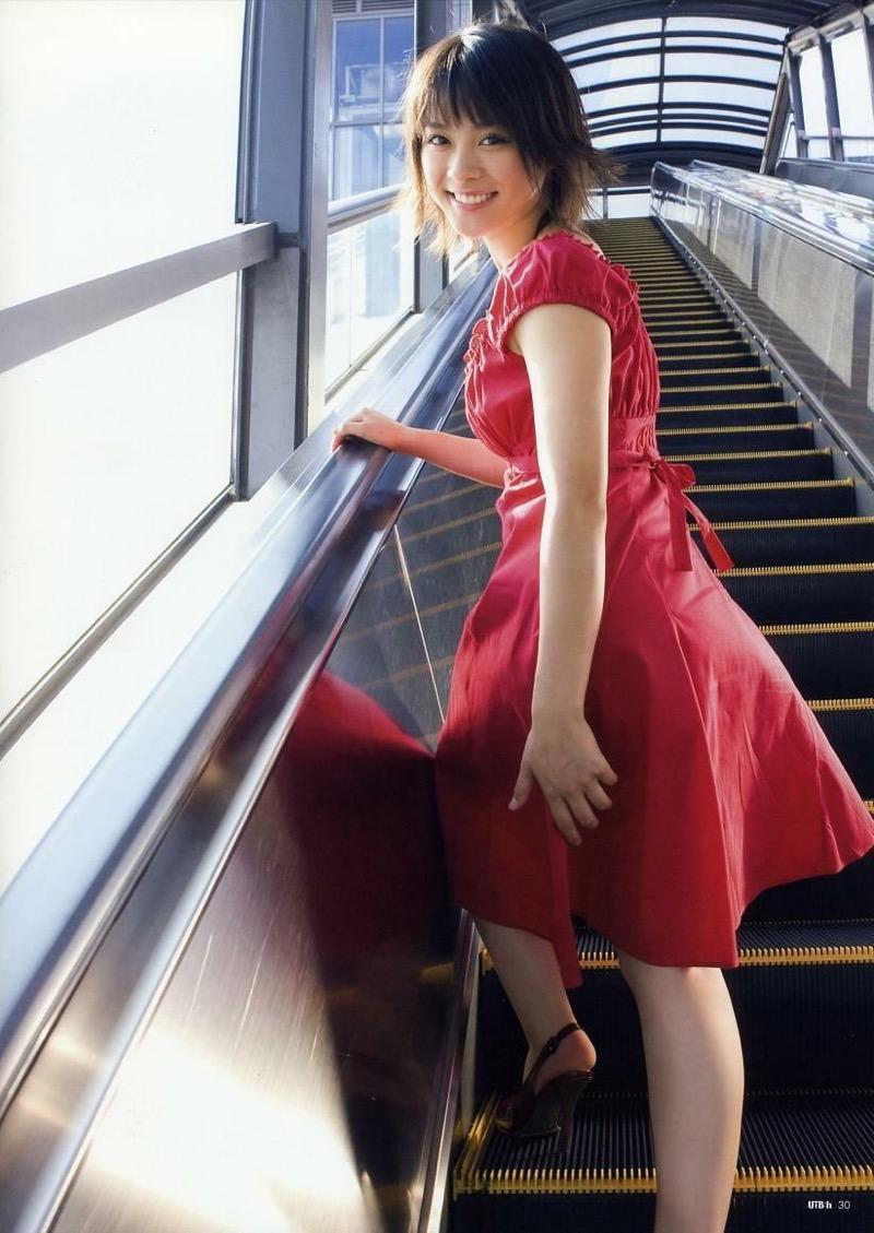【北乃きいグラビア画像】笑顔が可愛い清純派美少女のちょっとエッチなグラビア! 98