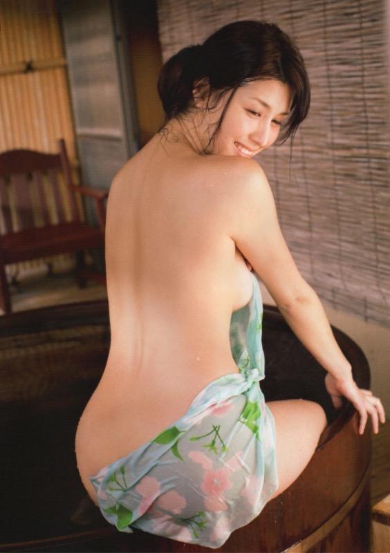 【30代グラドル美女画像】三十路のセクシーで艶めかしいグラビアアイドル美女画像 36