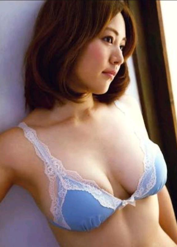 【30代グラドル美女画像】三十路のセクシーで艶めかしいグラビアアイドル美女画像 47