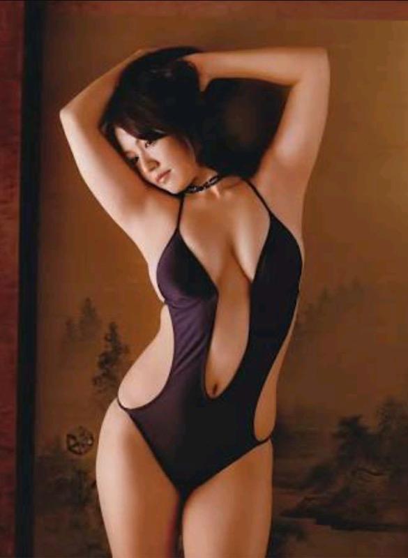 【30代グラドル美女画像】三十路のセクシーで艶めかしいグラビアアイドル美女画像 64