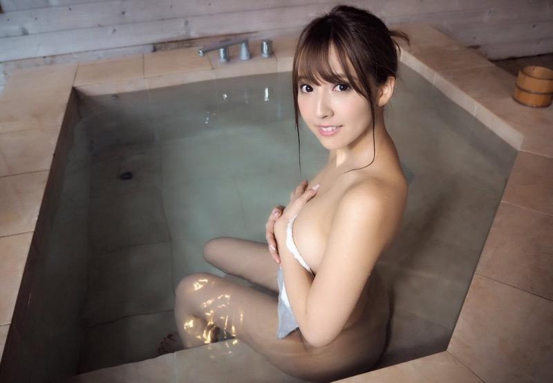 【三上悠亜エロ画像】元SKE48の鬼頭桃菜がAV女優になったら大ブレイクしちゃった! 37