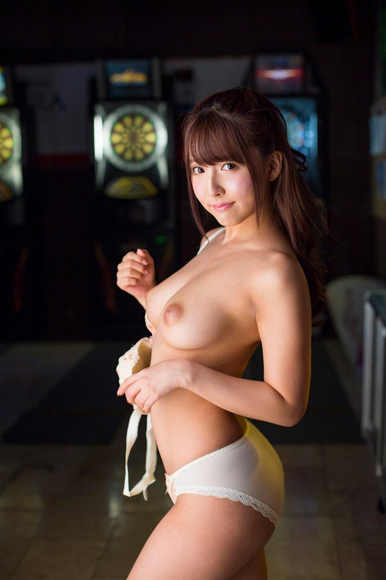 【三上悠亜エロ画像】元SKE48の鬼頭桃菜がAV女優になったら大ブレイクしちゃった! 86