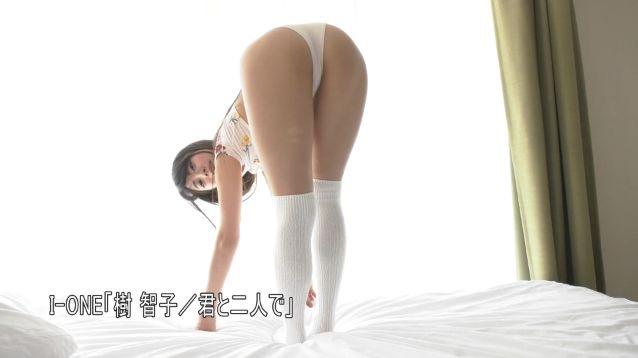 【樹智子エロ画像】Gカップ巨乳とそれ以上にデカ尻がエッチ過ぎる豊満グラビアアイドル! 22