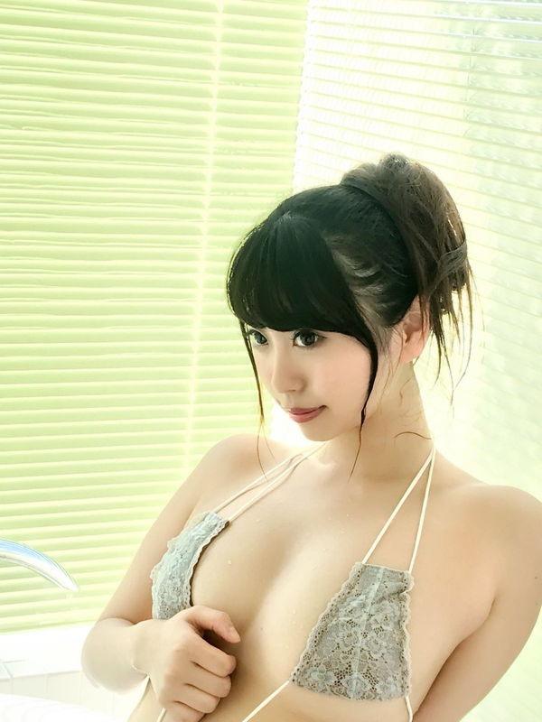 【樹智子エロ画像】Gカップ巨乳とそれ以上にデカ尻がエッチ過ぎる豊満グラビアアイドル! 47