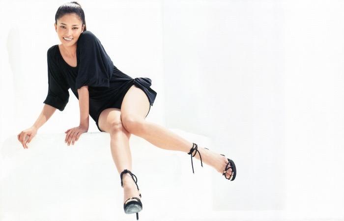 【黒木メイサグラビア画像】女優に歌手にモデルと様々な活躍をしている美女画像 03