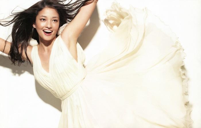 【黒木メイサグラビア画像】女優に歌手にモデルと様々な活躍をしている美女画像 14
