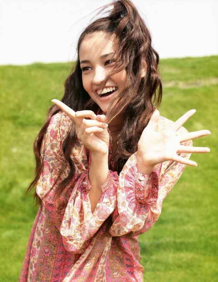 【黒木メイサグラビア画像】女優に歌手にモデルと様々な活躍をしている美女画像 33
