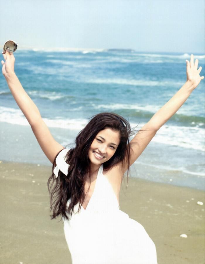 【黒木メイサグラビア画像】女優に歌手にモデルと様々な活躍をしている美女画像 35