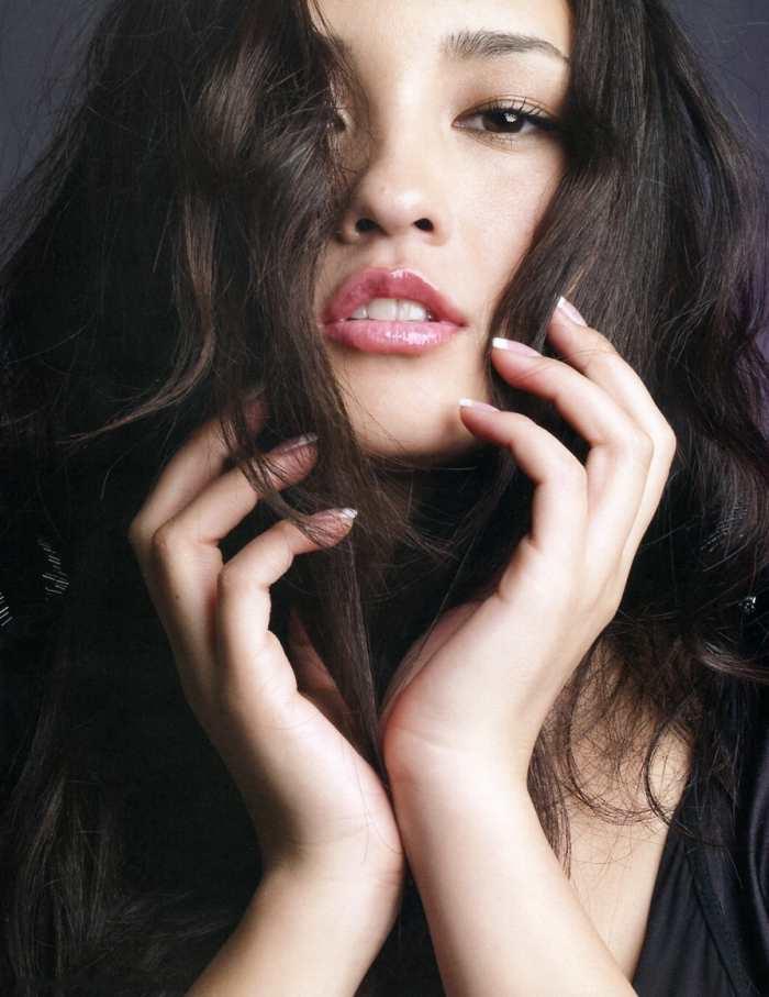 【黒木メイサグラビア画像】女優に歌手にモデルと様々な活躍をしている美女画像 49
