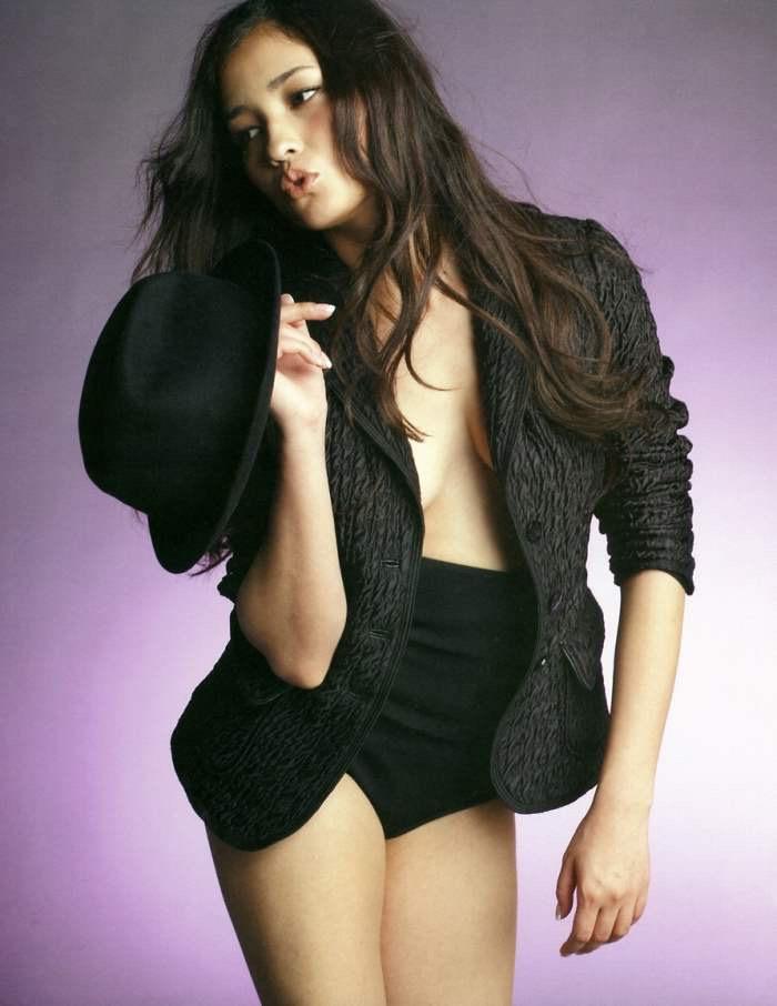 【黒木メイサグラビア画像】女優に歌手にモデルと様々な活躍をしている美女画像 51