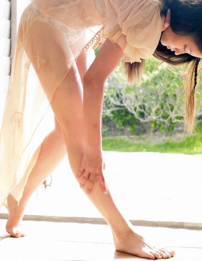 【黒木メイサグラビア画像】女優に歌手にモデルと様々な活躍をしている美女画像 75