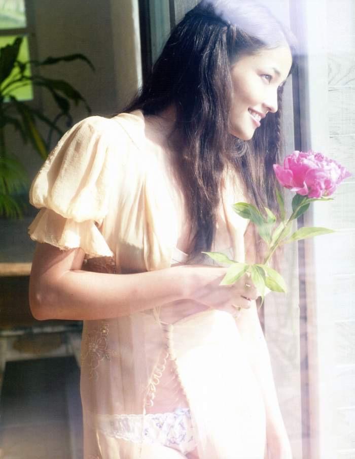【黒木メイサグラビア画像】女優に歌手にモデルと様々な活躍をしている美女画像 80